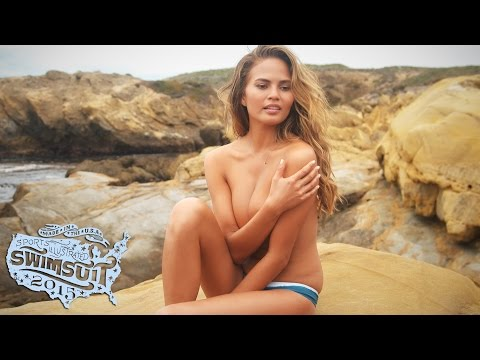 img_8378_chrissy-teigen-uncovered-sports-illustrated-swimsuit-2015.jpg